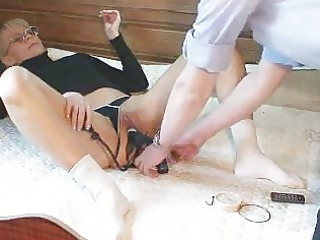inexperienced lady marcella kitty fingering