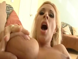 hollylarge boob mother id like to gang bang