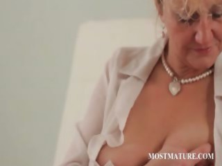 closeup with cougar doing job breast