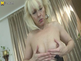 hawt grandmom cant live without to tease with