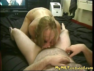 amateur chick tasting her hubbys lil cock and