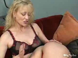 two mature lesbians suck vagina and use vibrators