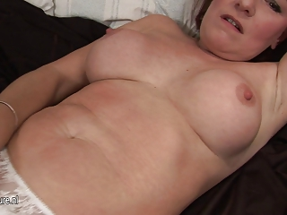 all real mature lady masturbate