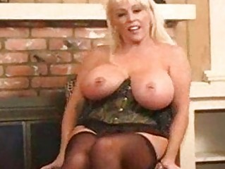 extremely impressive naughty mature pale kandi