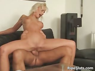 so impressive bleached woman with sloping bossom