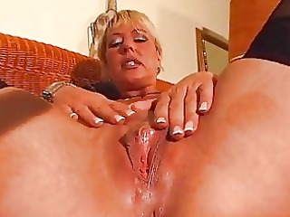 mature bleached likes her own figure dbm video