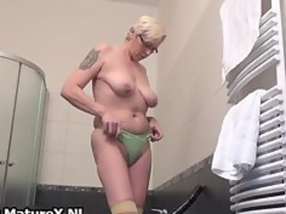 slutty older lady pulls her slim part2