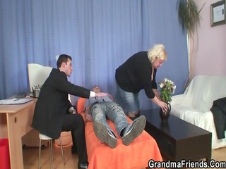 granny acquires 2 schlongs at single time