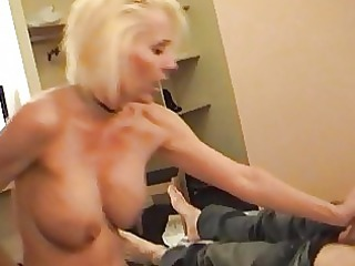horny pale momma into slim and nylons rides hard