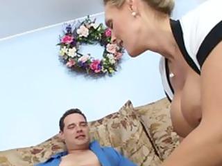 tough bigtit woman into gstring