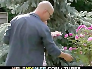 amateur woman cucks into countryhouse