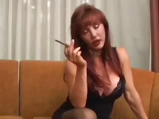 extremely impressive cougar lady virginia smokes