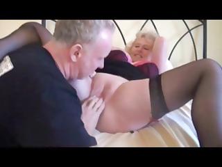 albino grandma into ebony stockings obtains some