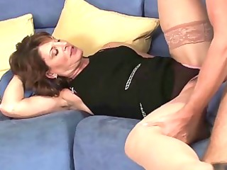 awesome mature babe hoe sucks her sons buddies