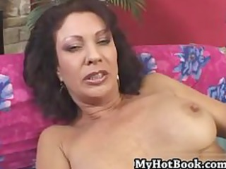 vanessa videl is a older woman with brunette hair