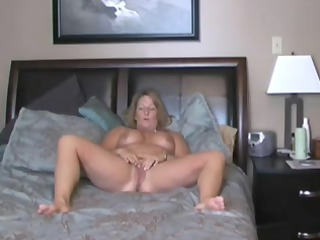 mother id like to pierce on cam