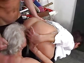 grannies likes to swing with inexperienced dudes