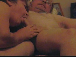 woman licking fucker