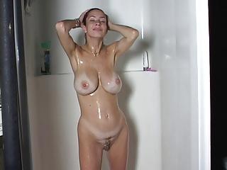 big breast milf bath