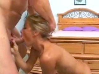 grown-up babe takes her drill on