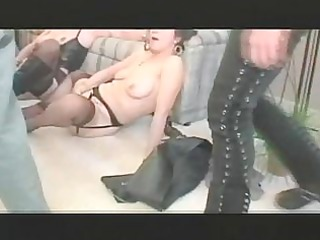 3 some girl lesbo play went to group bang