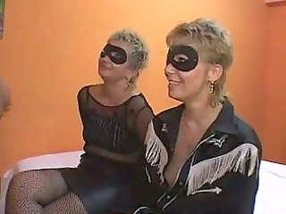 mother and daughter bunch drill orgia con mamma e