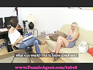 woman agent vs fake agent