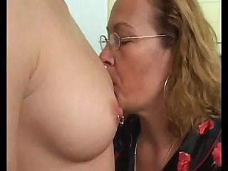 older homosexual woman teaching a inexperienced