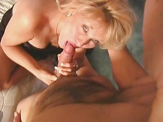 extremely impressive classic cougar blond mature