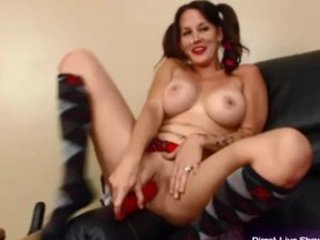 fresh mature babe jenny in young slut appearance