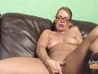 damn hot ashen cougar mommie used by bbc