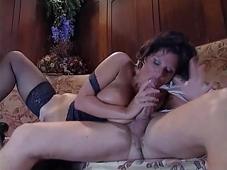 nice mature bbw is fucking and licking