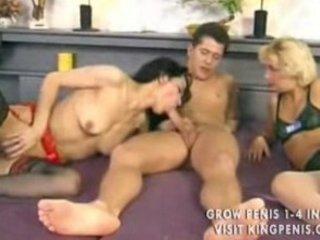 mature mff threesome