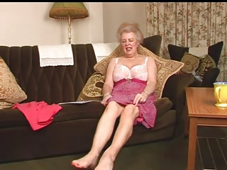 amazing hairy granny old fingering intro