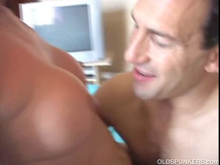 super older chick margo likes a giant facial