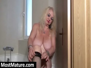 old with big tits goes showed fishnets