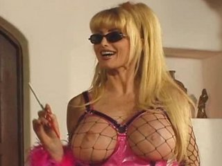 dominatrix mature babe gang-bangs with strap-on