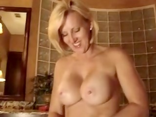 huge sex vibrator gets in pretty trap