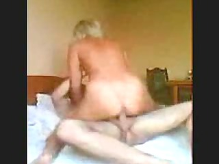 albino maiden slamming her vagina into her mans