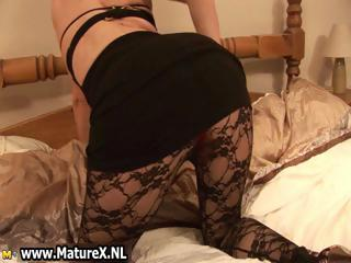 bleached older girl inside nylons part3