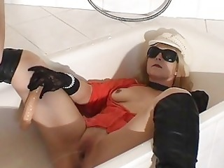 piss drinking amp slut inside the tub