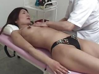amateur housewife massage orgasm part 1