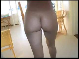 latina lady monique fuentes with luscious bottom