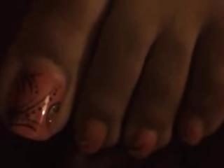 ff24 queen toes (old school) 3