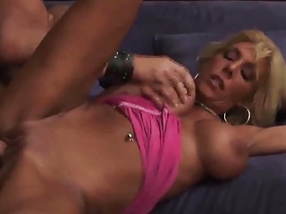 desperate milf chick roughly banged by slutty