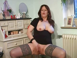 slutty lady plays into punish top nylons