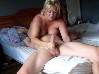 goldenhaired huge tited housewife rocked