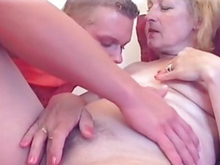 pale woman hawt vagina licked...