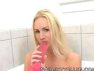 masturbate into my bathtub with me fresh belle