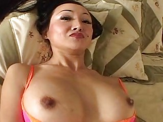stretched haired mature babe ange venus engulfs a